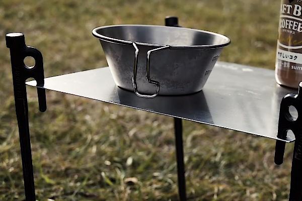 自作のアルミテーブル